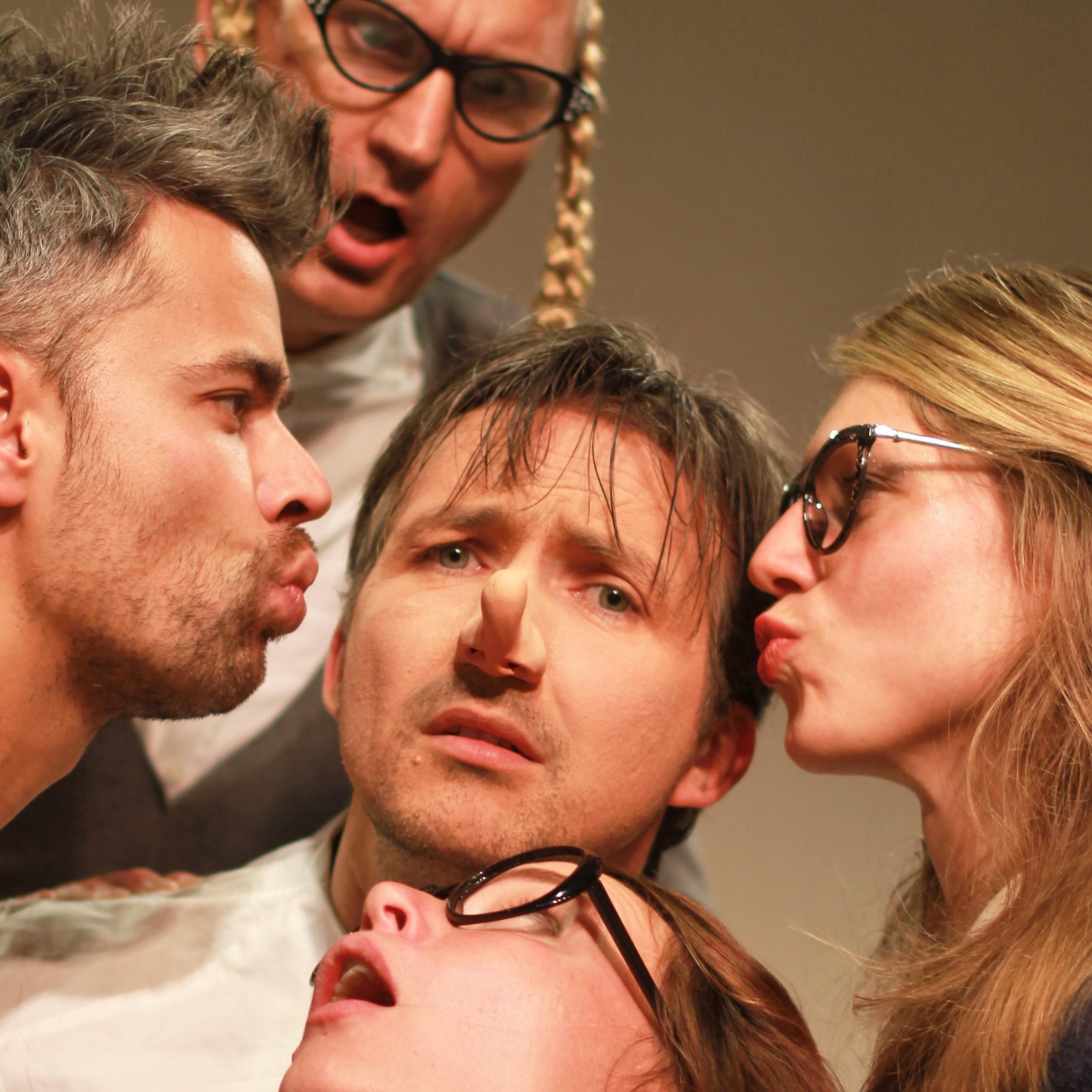 Theatergroep Troost PERSFOTO De zere neus van Bergerac VIER SITE